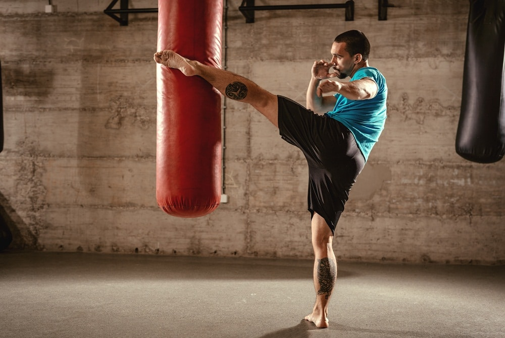 Fitness classes in phoenix man Kickboxing