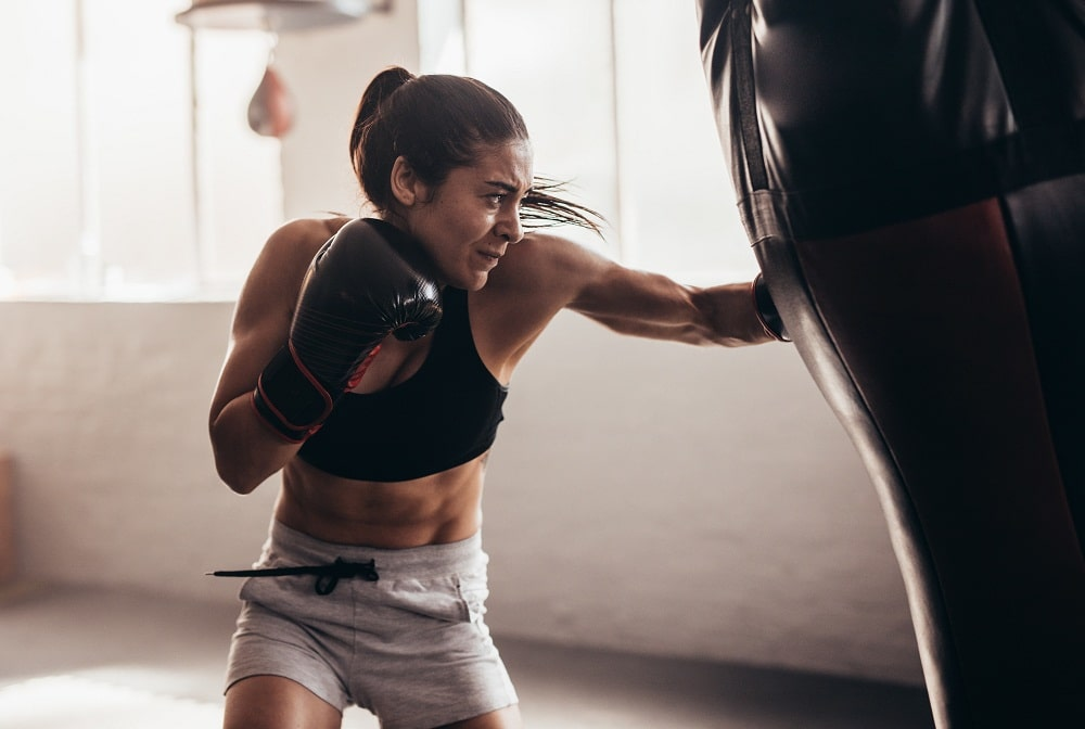 Fitness classes in phoenix woman Kickboxing