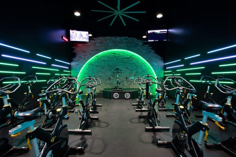 2018_05 HV Cycle Room Lights On